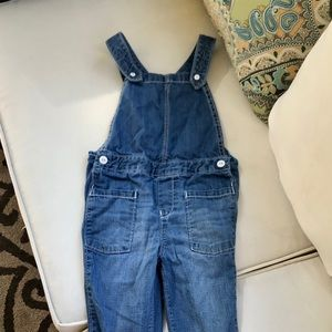 NWT Gymboree Girls Butterfly Catcher Chambray Bubble Shorts Size 12-18 M /& 3T